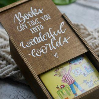 Bücherkiste für Pixie-Bücher - personalisierbar - Geschenkidee zum 1. Geburtstag